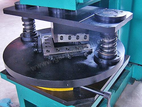 Угловысечной модуль для уголка
